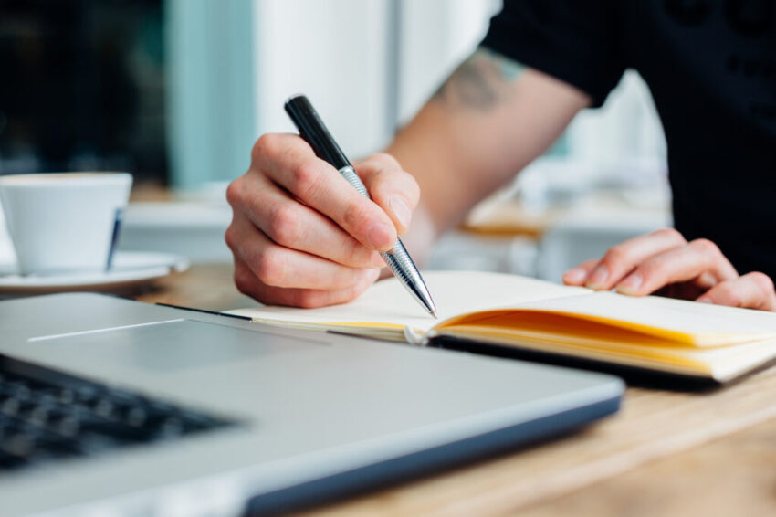 Thesis Writing Services in Dubai